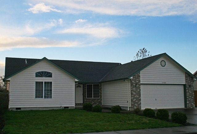 SOLD! HOME FOR SALE– 1730 Grandview Dr. NW, Albany, Oregon