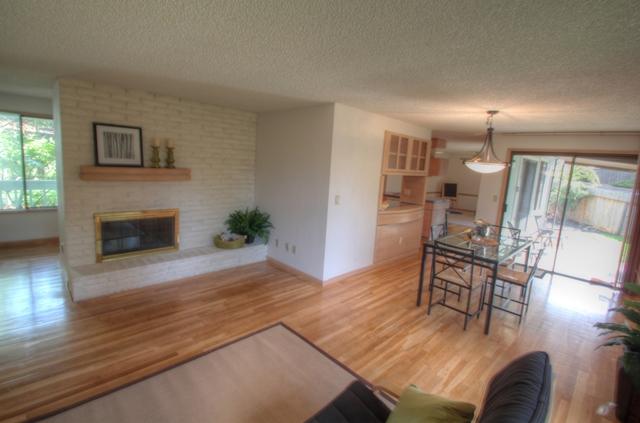 2078 NW Lance Way Corvallis Oregon-- Living Room