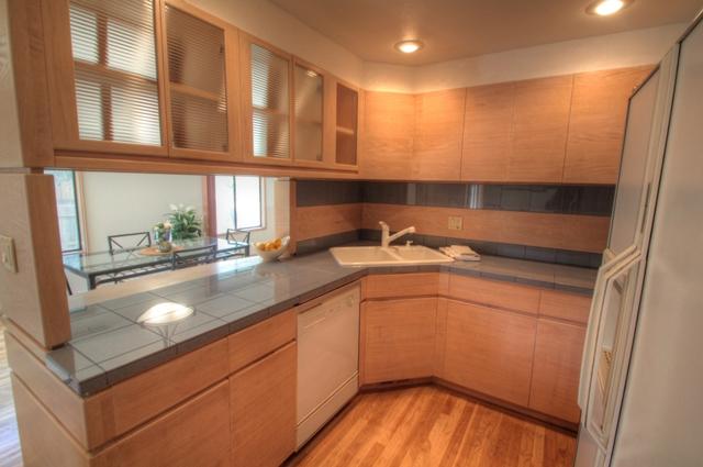 2078 NW Lance Way Corvallis Oregon-- Kitchen
