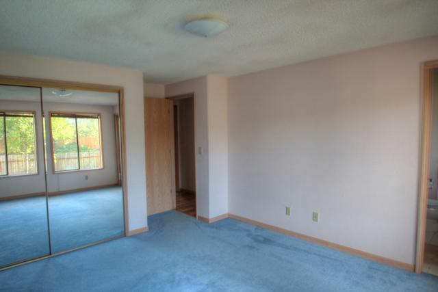 2078 NW Lance Way Corvallis Oregon-- Master Bedroom