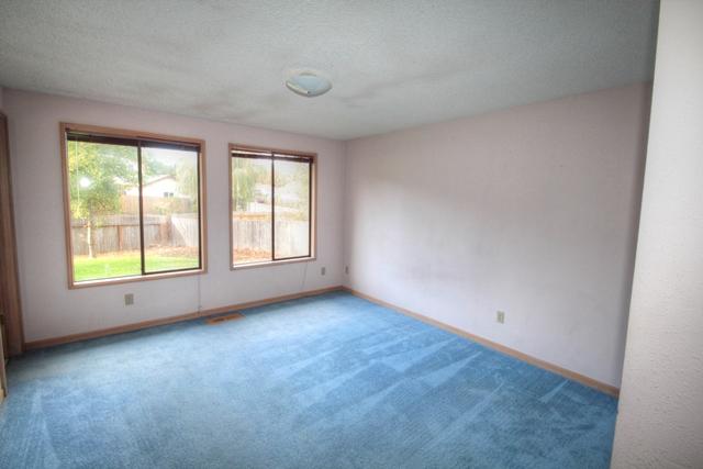 2078 NW Lance Way Corvallis Oregon-- Master Bedrooms