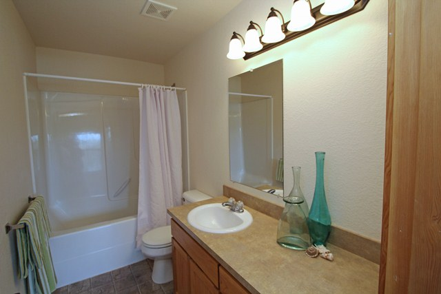 5430 SW Windflower Drive Corvallis Oregon- Master Bath