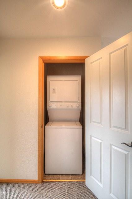 5430 SW Windflower Drive Corvallis Oregon- Laundry