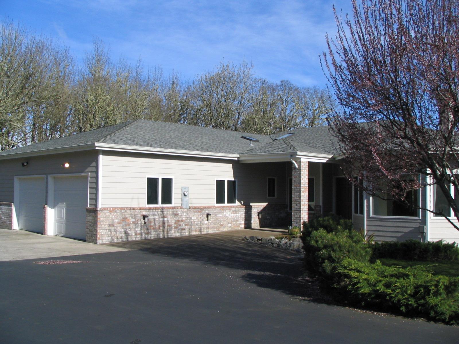 2081 Dawnwood Drive Philomath Oregon-- Front