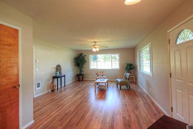 650 N 12th Street Philomath Oregon-- Living room
