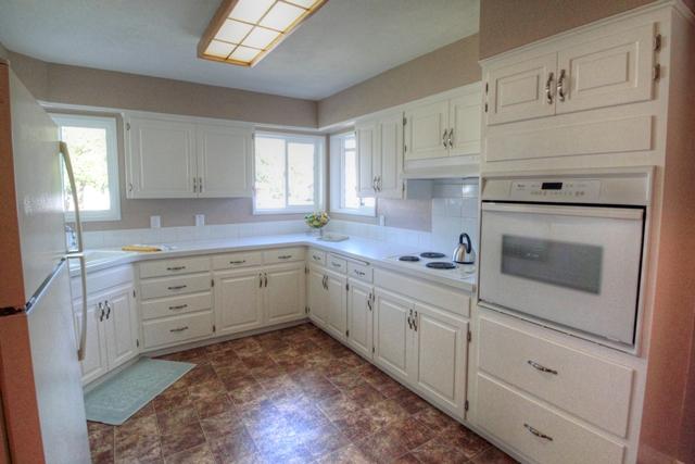 650 N 12th Street Philomath Oregon-- Kitchen