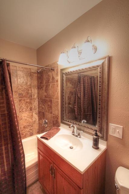 650 N 12th Street Philomath Oregon-- Main Bath
