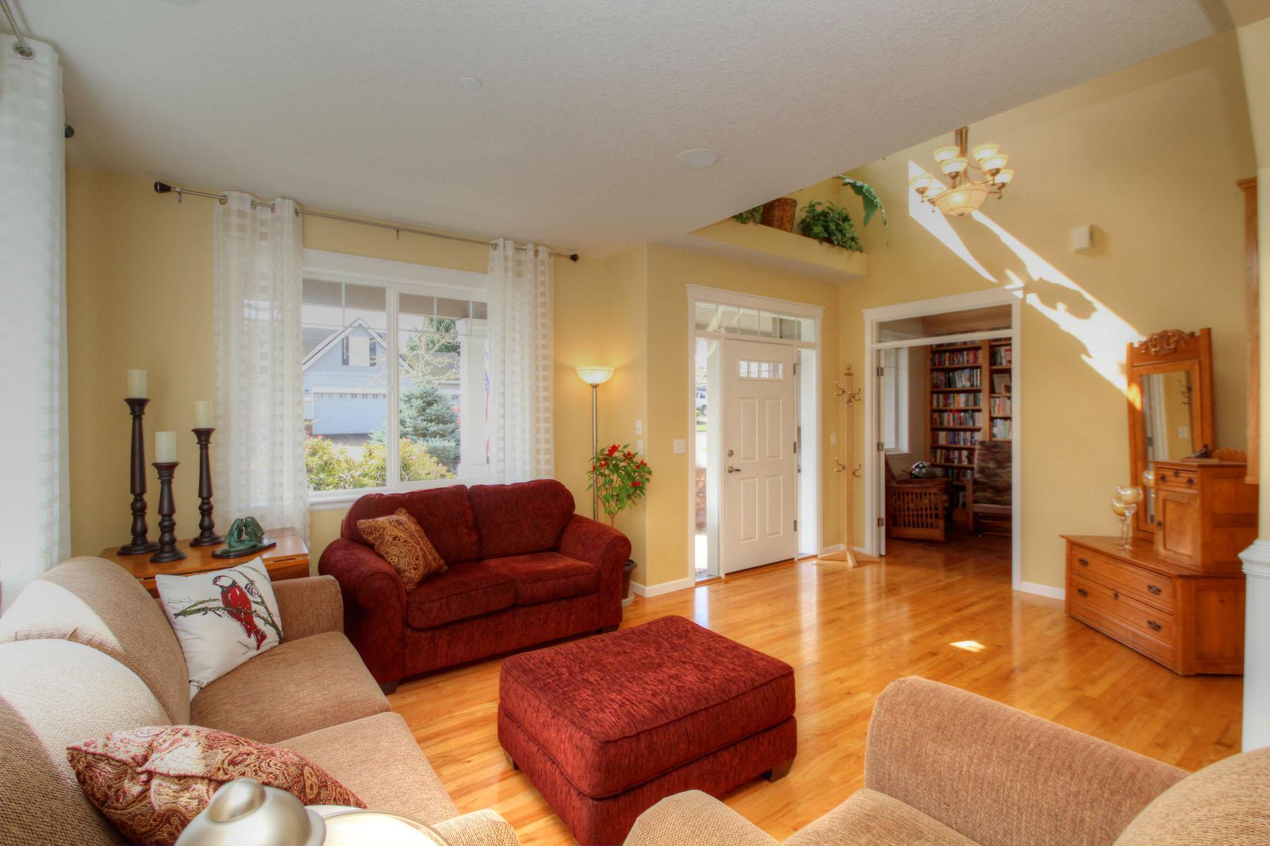 Living Room 5889 SW Englewood Av, Corvallis, OR 97333