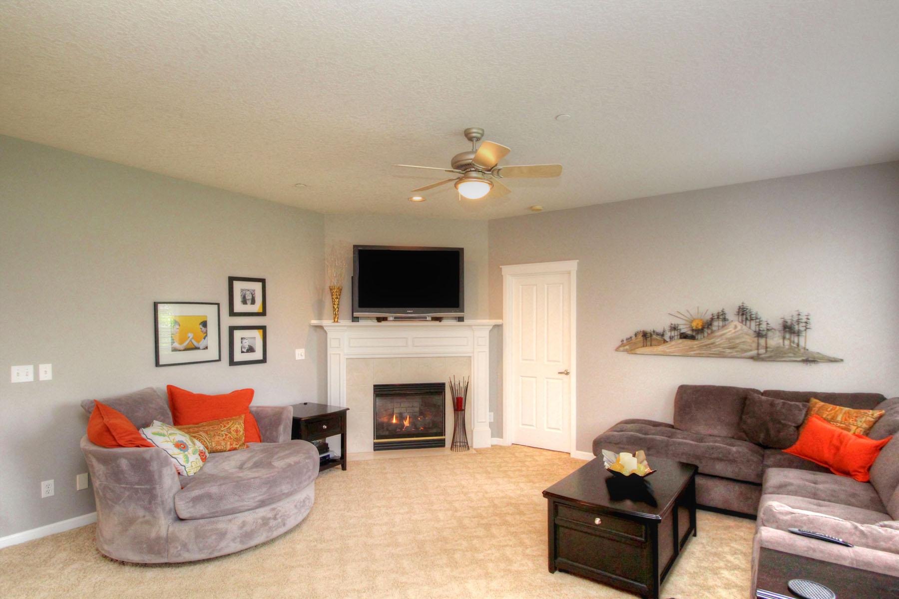 Family Room 5889 SW Englewood Av, Corvallis, OR 97333