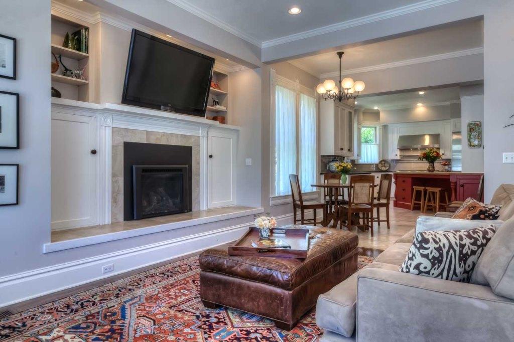 206 NW 8th Street, Corvallis, Oregon-Family Room