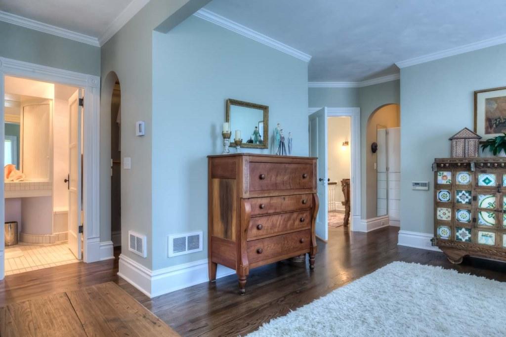 206 NW 8th Street, Corvallis, Oregon- Master bedroom