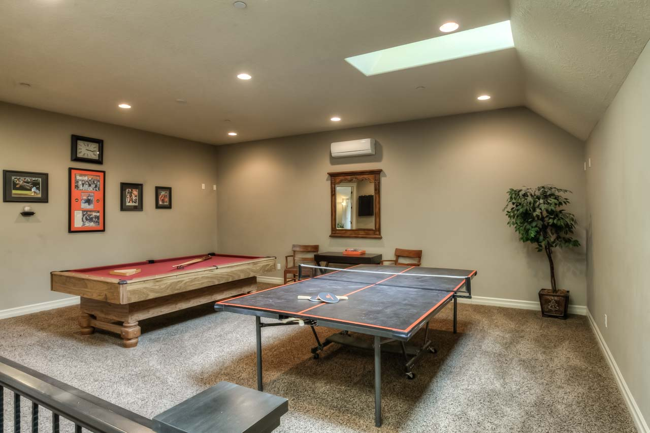 4530 NW Arrowood Circle- Bonus Recreation (game room)