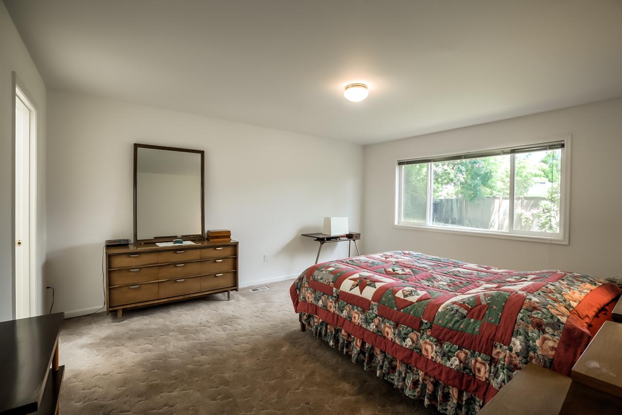 4167 NW Tamarack Drive- Master Bedroom