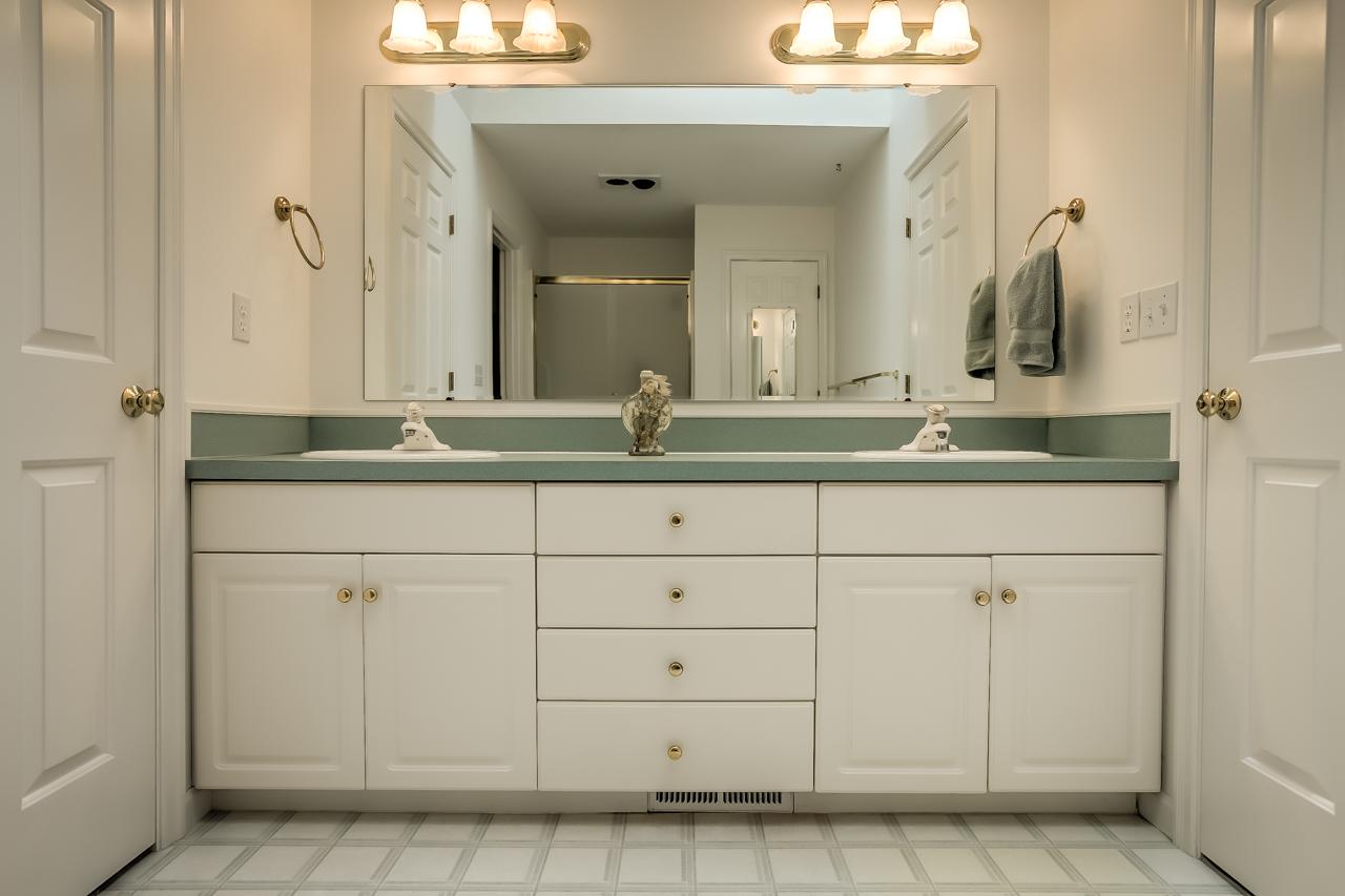 4167 NW Tamarack Drive- Master Bath