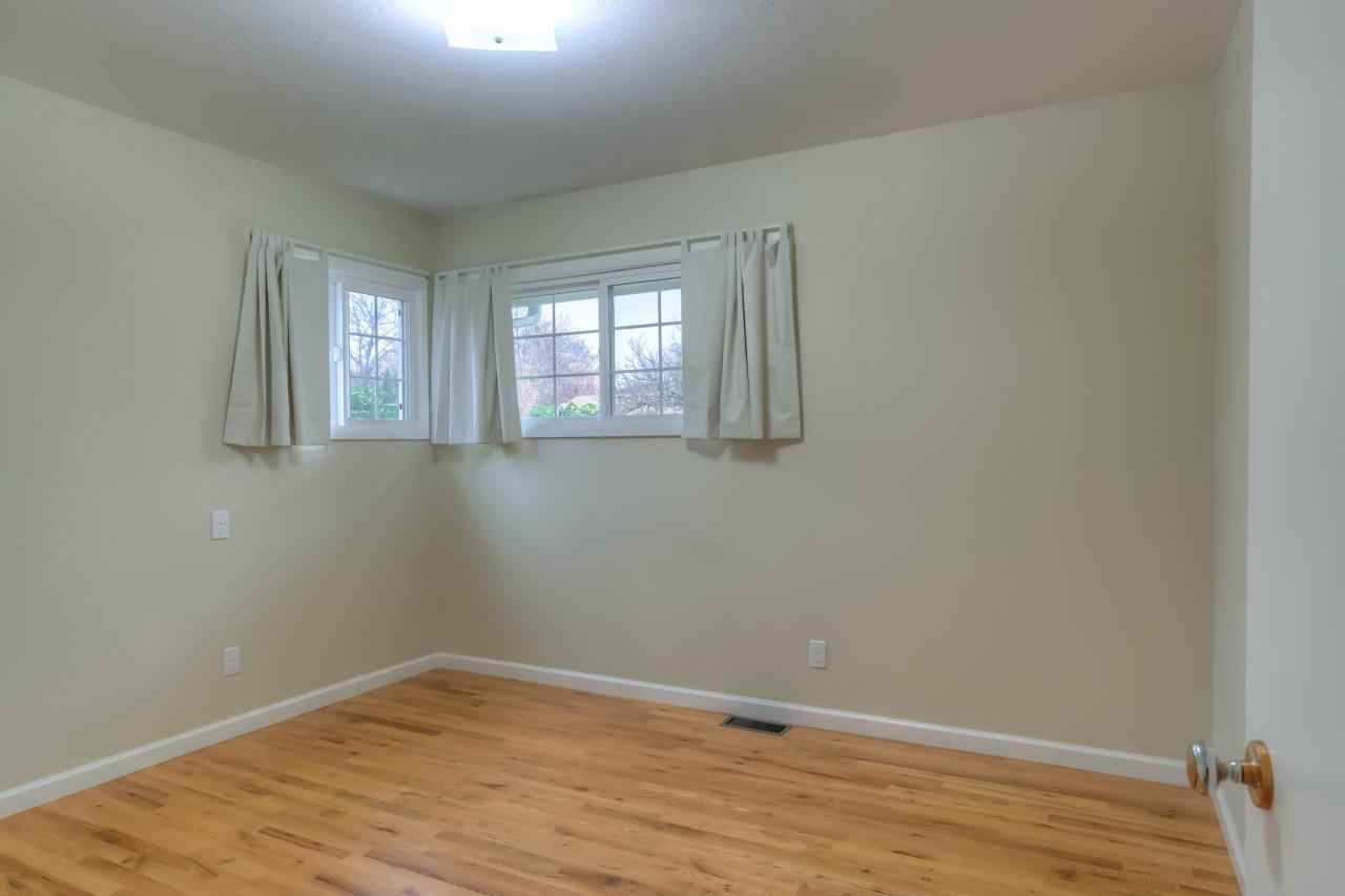 1540 NW 12th Street Corvallis Oregon-- Third Bedroom