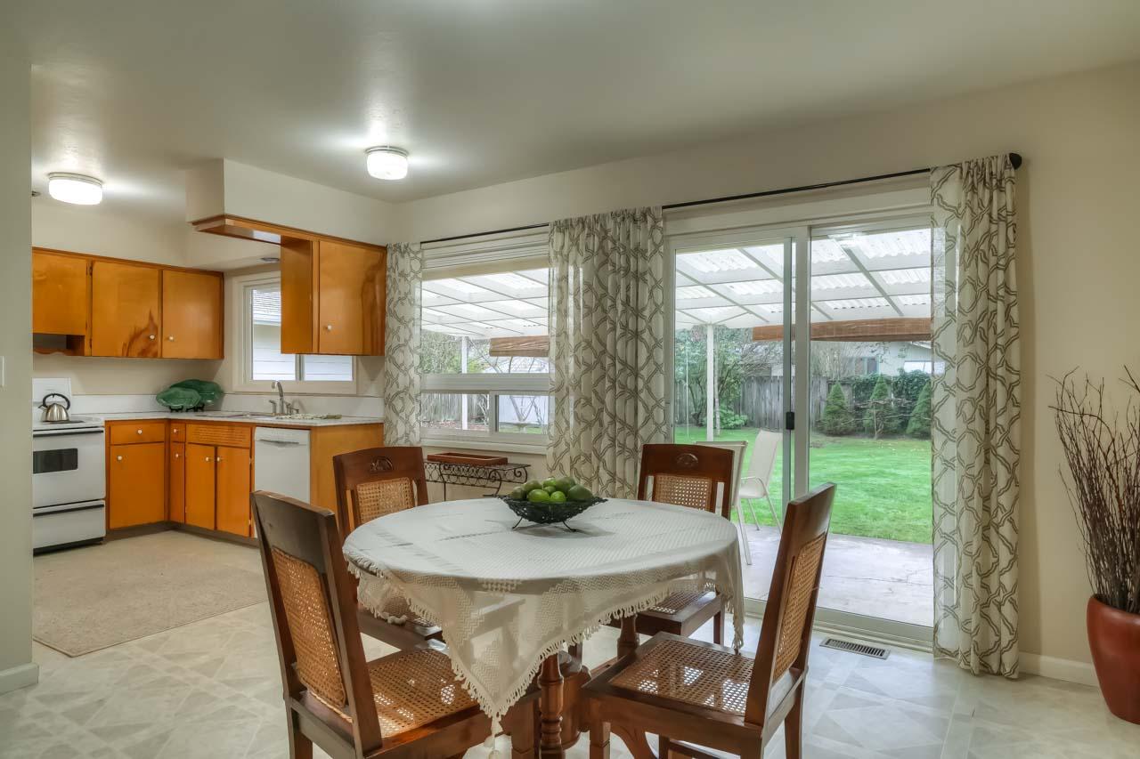 1540 NW 12th Street Corvallis Oregon-- Dining to Kitchen