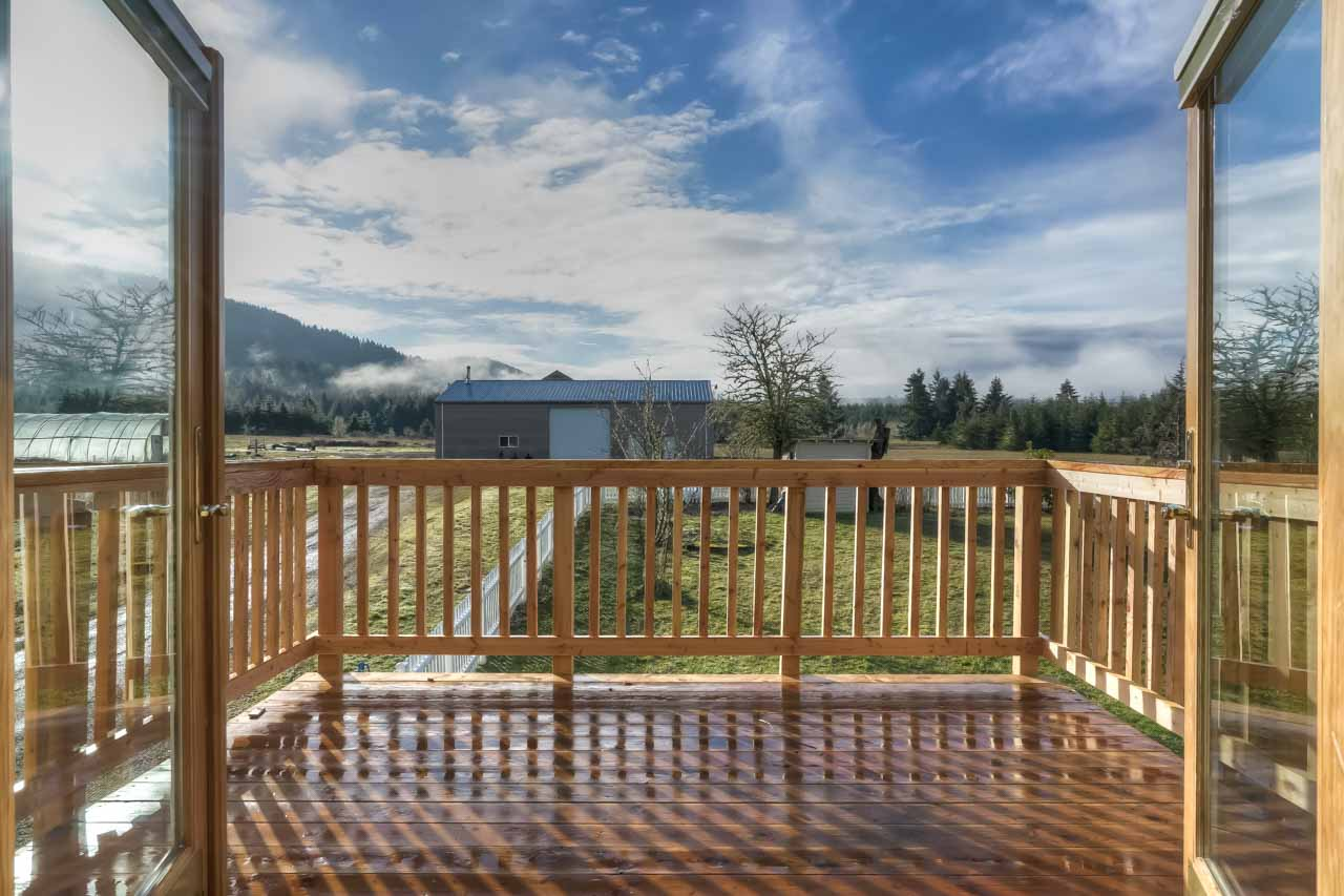 37963 Kings Valley Highway, Kings Valley Oregon-- Master Balcony