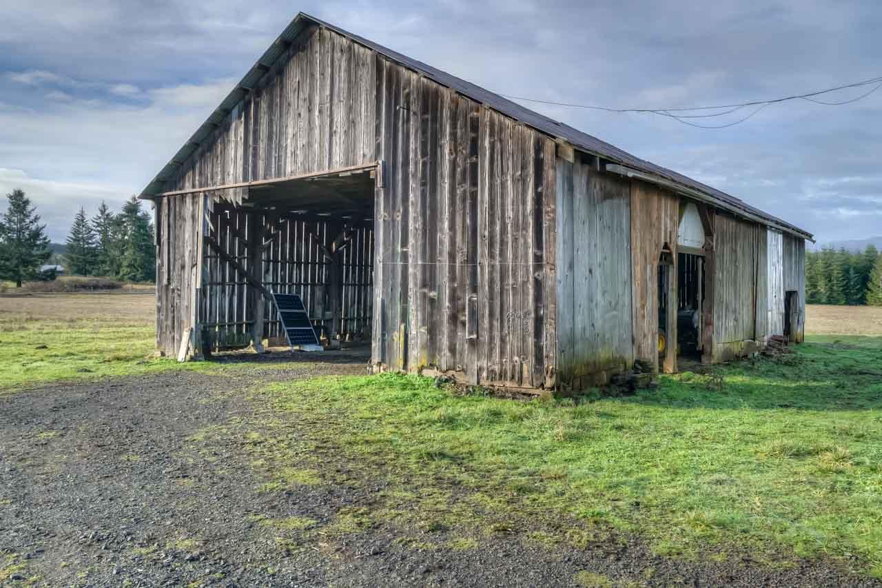 37963 Kings Valley Highway, Kings Valley Oregon-- Vintage Barn