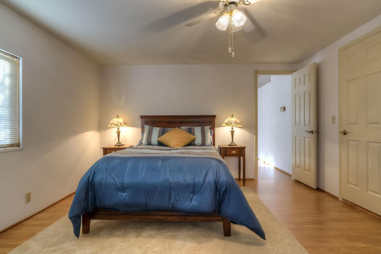 1921 Spicer Wayside SE Albany Oregon-- Master Bedroom