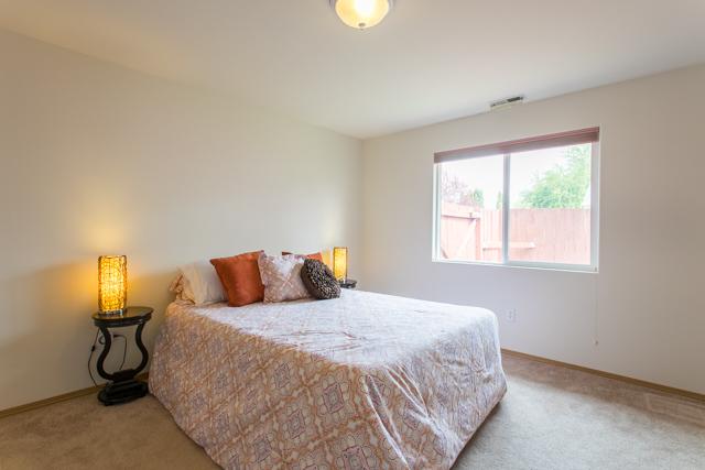 660 SE Park Avenue Corvallis-- Master Bedroom