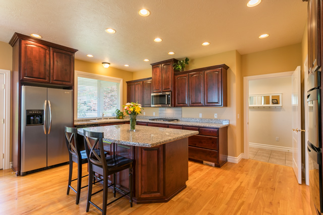 3487 NW Buttercup-14