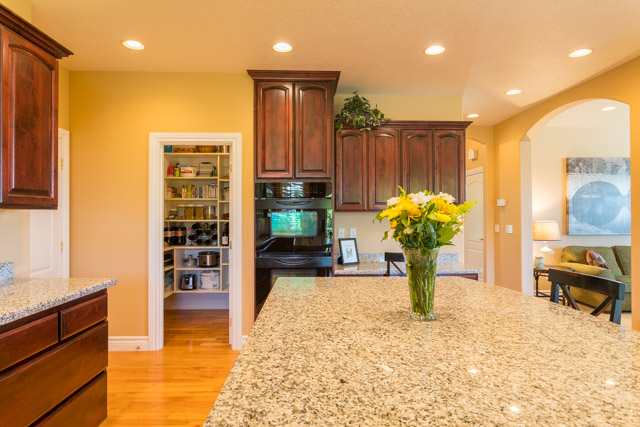 3487 NW Buttercup-16
