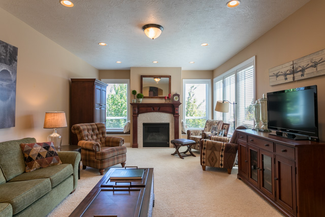 3487 NW Buttercup-23