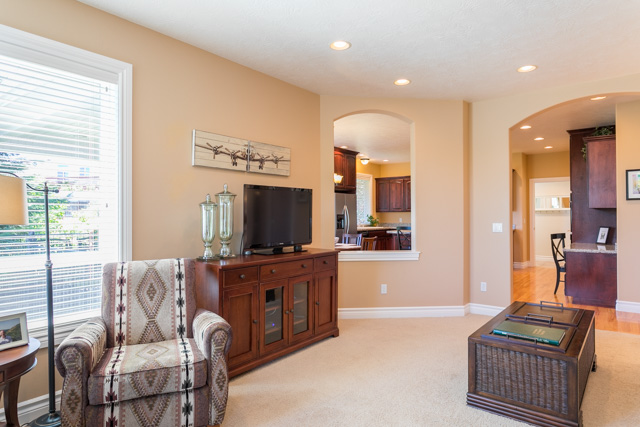 3487 NW Buttercup-28