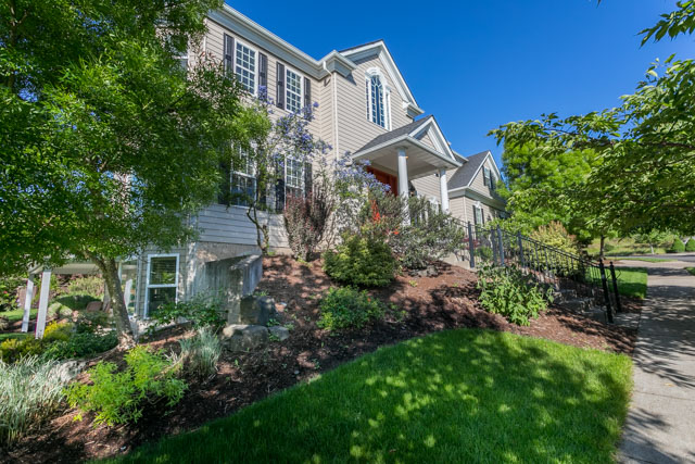 3487 NW Buttercup-3