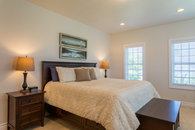 3487 NW Buttercup-31